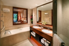 Double-Room-with-Bath-hotel
